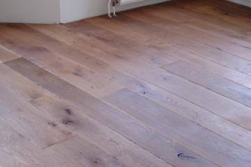 Getrommelde houten vloeren